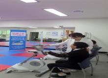 [포항]남구 치매안심센터, 전동 상·하지 운동기구 인지저하자 신체활동 돕는다